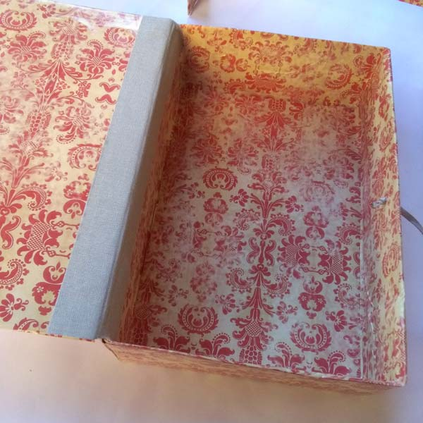 Deianira, scatola realizzata a mano
