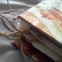 Deianira, Libro-oggetto